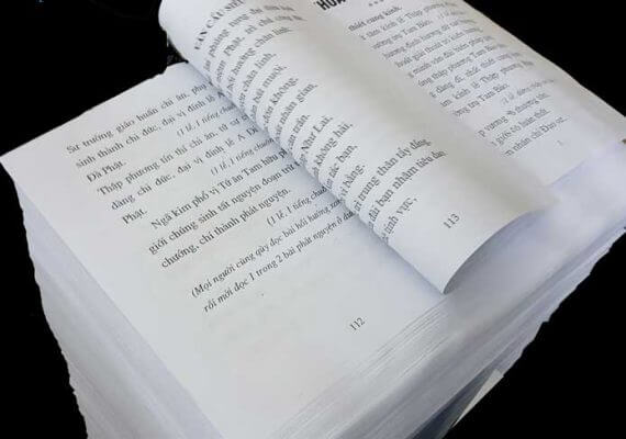 In sách đen trắng A4