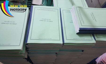 Dịch vụ photocopy giá rẻ - Sách đóng ghim dán băng dính đẹp số lượng lớn
