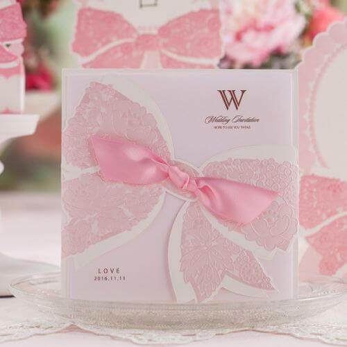 Thiệp cưới màu hồng