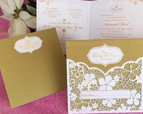 Mẫu thiệp cưới màu vàng